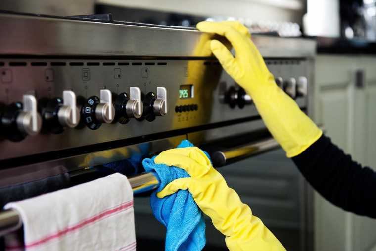 House cleaning service in London